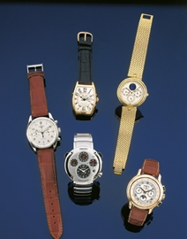 N044-WATCHES-A7  6156_125  B4 (OK)